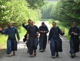 """Mūsų parapija ir Tiberiados broliai iš Baltriškių (Zarasų r.) kviečia Jus į renginį """"24 val. Viešpačiui"""""""